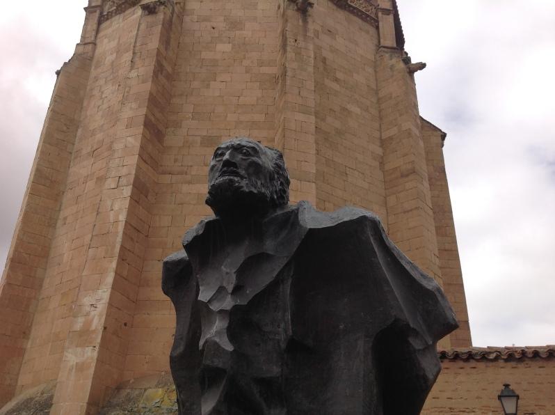 escultura de Unamuno. Autor Pablo Serrano