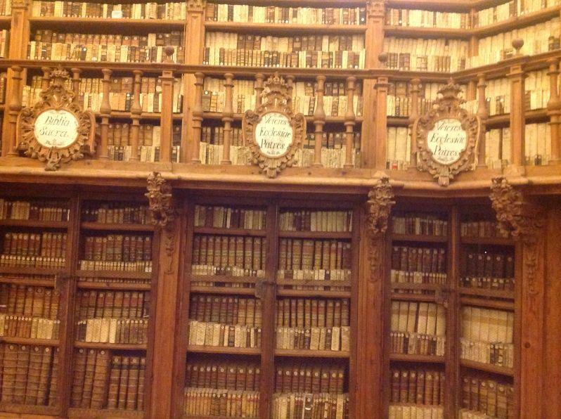 Detalle de la biblioteca de la universidad de Salamanca. Foto La Paseata