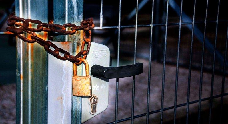 La herrumbre del candado. Foto de Rodolfo Arévalo