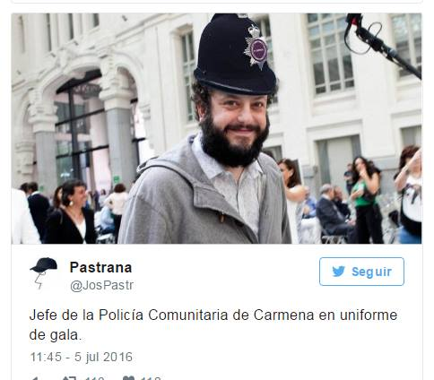 Jefe de la policía de Carmena con uniforme de gala