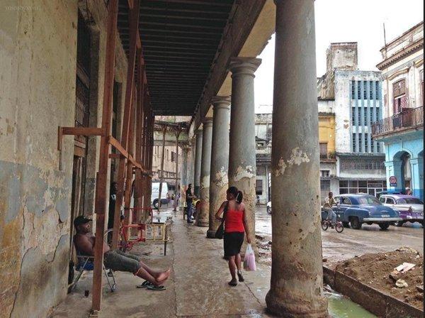 Secuelas del Socialismo del Siglo XX aplicado en #Cuba por 56 años. Foto de Yusnaby Pértez