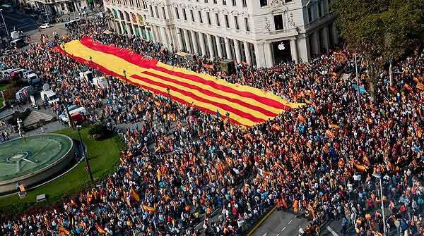 el-12-de-octubre-todos-en-la-plaza-de-cataluna