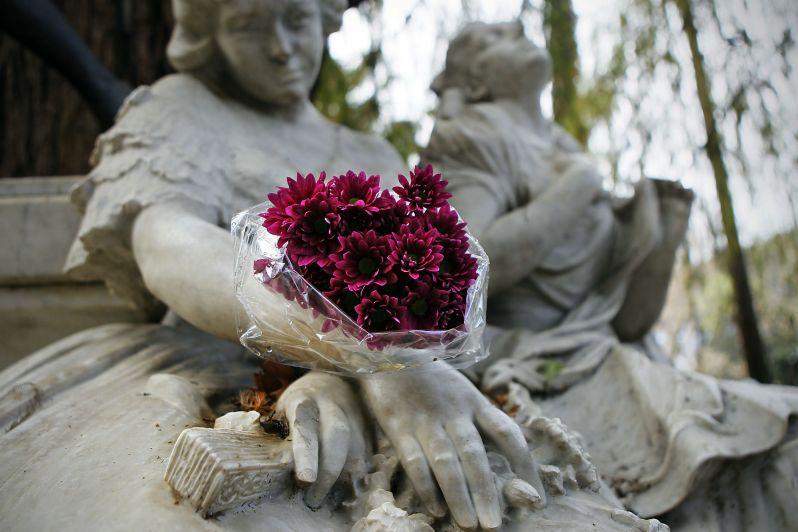 monumento-a-gustavo-adolfo-becquer-en-sevilla