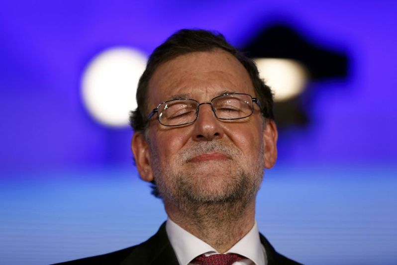 abstencion-a-los-cielos-de-don-mariano-rajoy