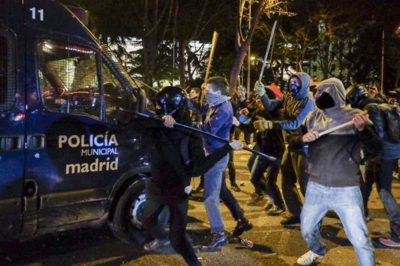 violencia-en-la-marcha-del-22m-por-la-dignidad